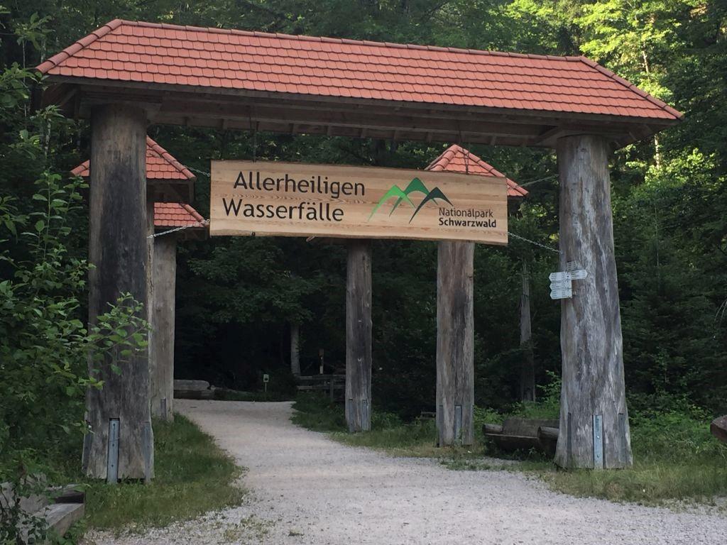 Eingang zum Nationalpark Schwarzwald und zu den Allerheiligen Wasserfaellen