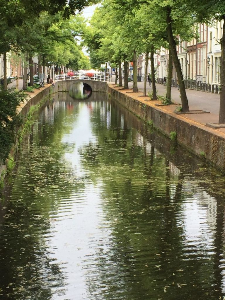 Gracht in Delft