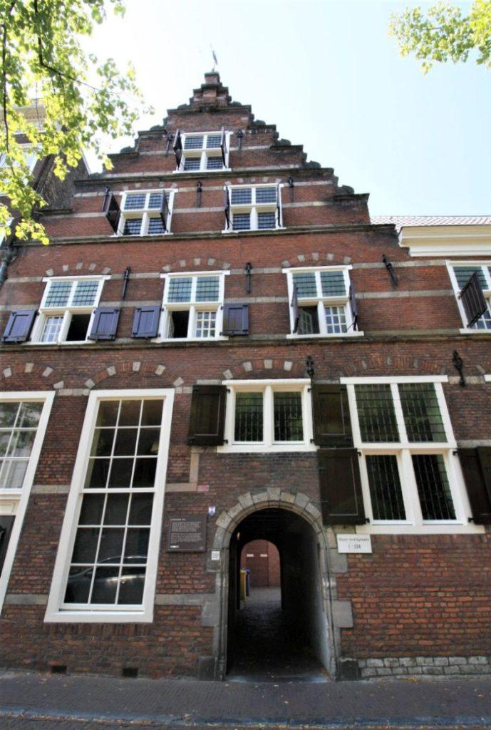Frontansicht des Oost-Indisch-Huis; Haus der VOC in Delft
