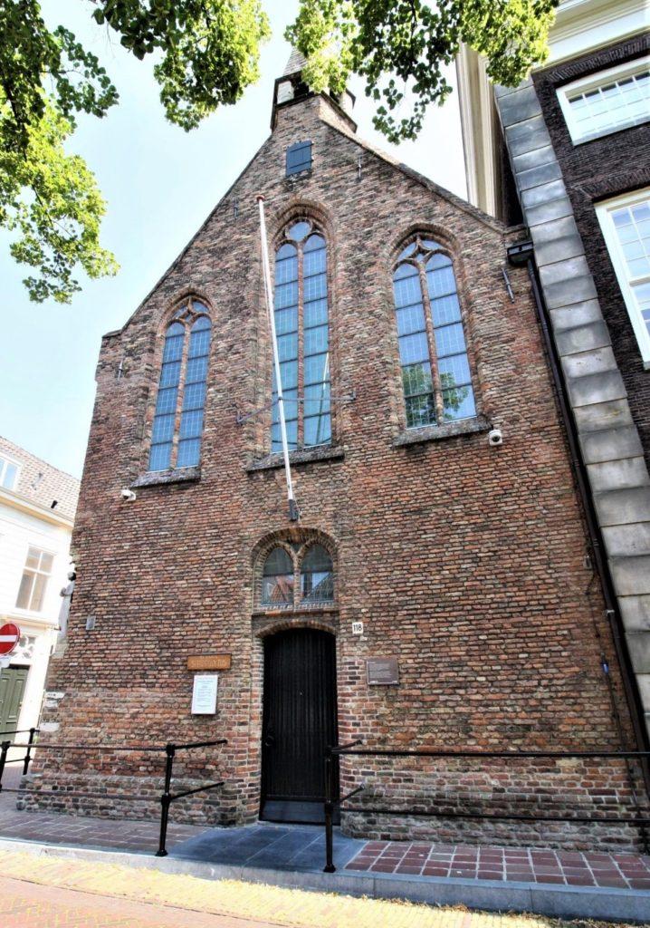 Heilige Geestkapel, Delft; Backsteingebäude aus dem 14. Jahrhundert