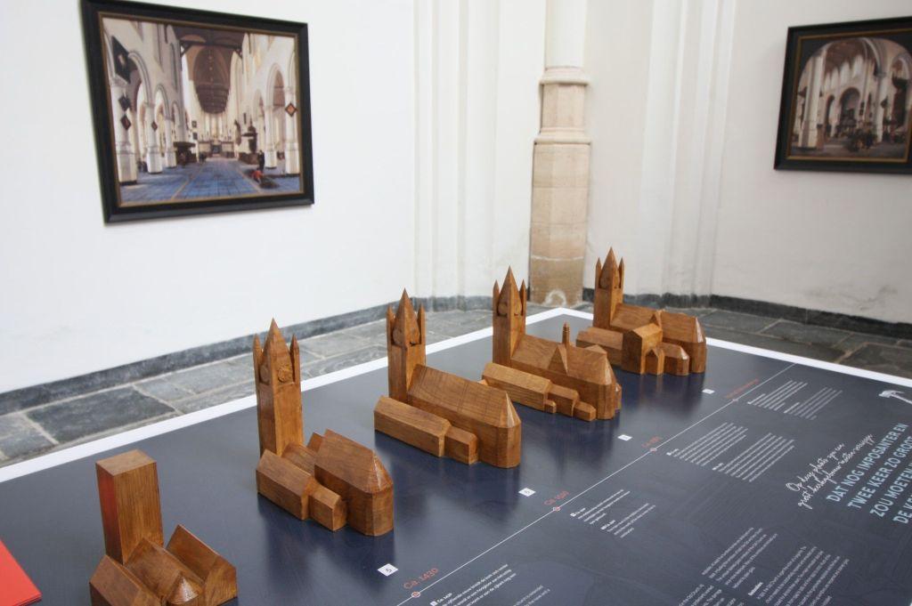 Holzmodelle zur Entwicklung der Architektur der Oude Kerk (Alte Kirche) von Delft