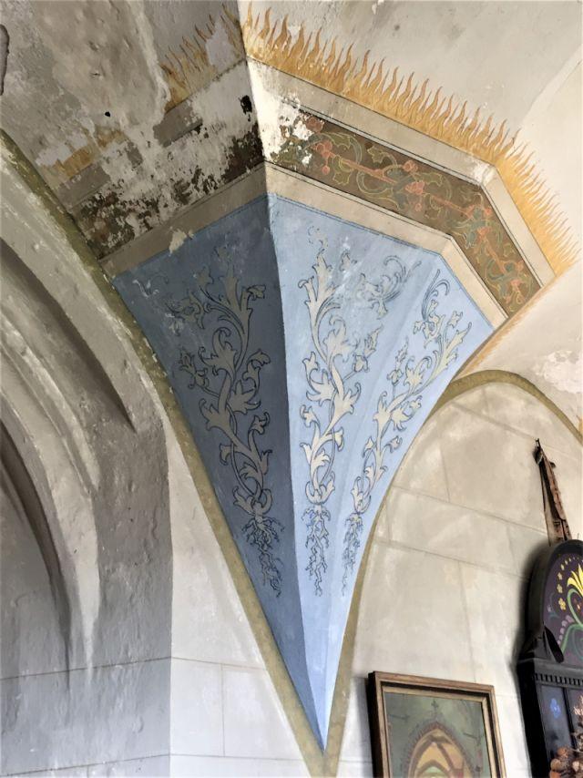 Bemalter Gewoelbesockel in der Kirchenburg von Weidenbach (Ghimbav)