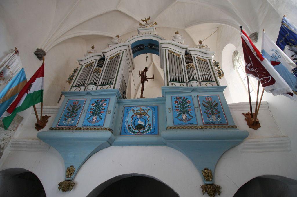 Orgel der Wehrkirche von Dersch / Darjiu