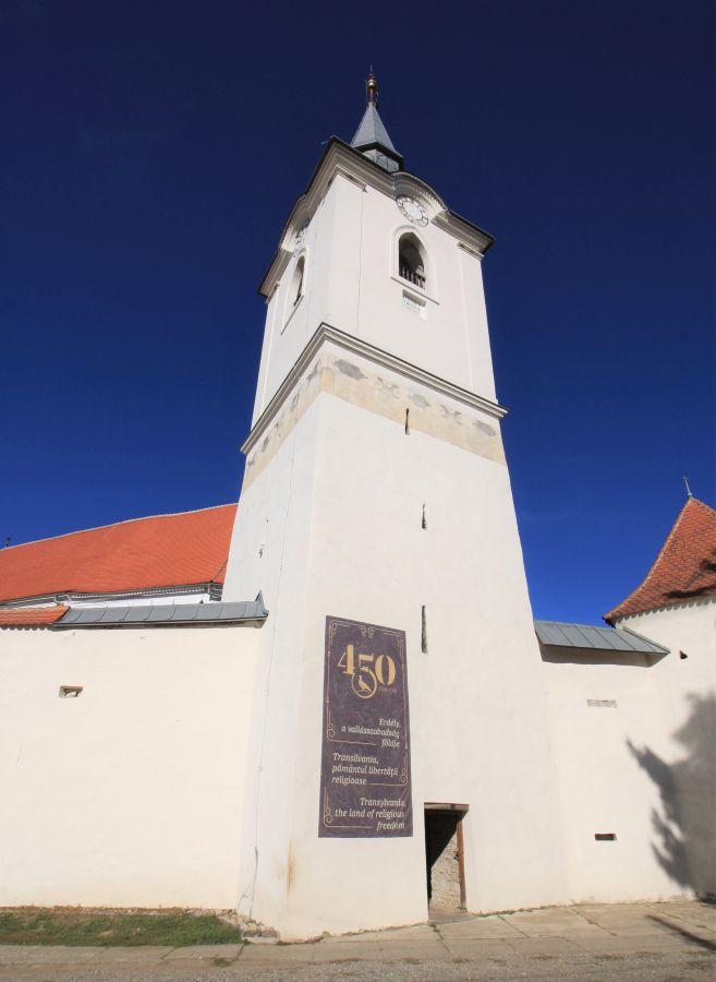 Glockenturm der Wehrkirche von Dersch / Darjiu
