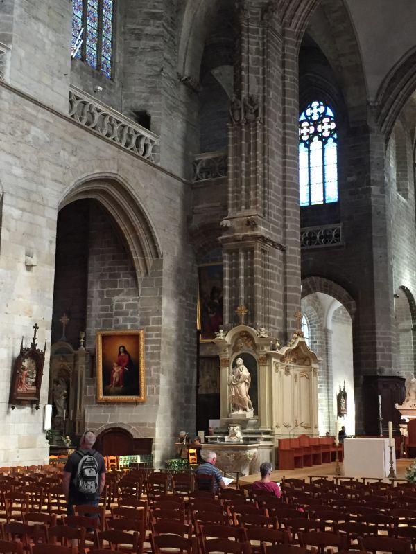 Innenansicht der Kathedrale Saint Pierre in Vannes