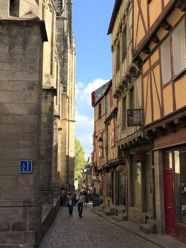 mittelalterliche Gasse in Vannes