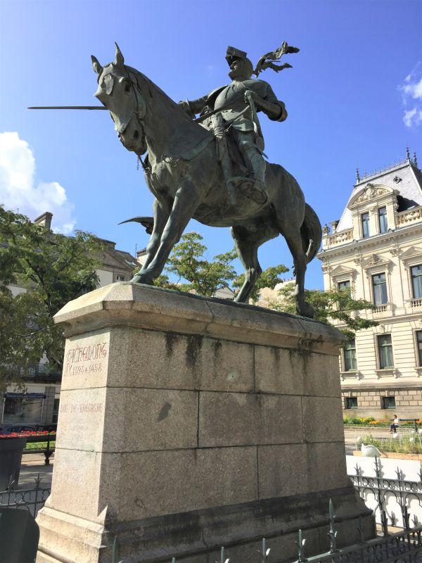 Statue Arthur III. Herzog der Bretagne