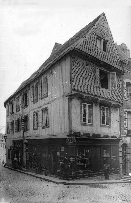 Schwarz-weiss Fotografie Haus von Vannes et sa femme in Vannes