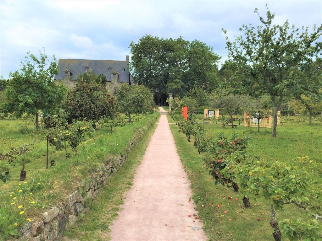 Obstgarten der Abtei von Beauport, Bretagne