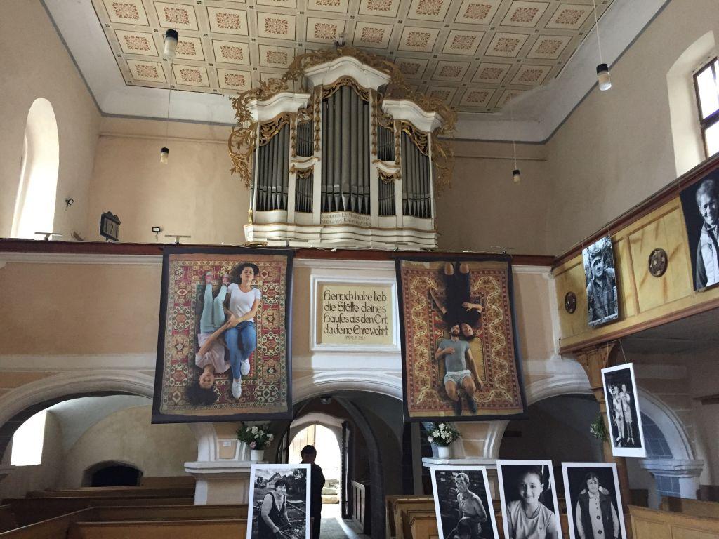Innenraum der Wehrkirche in Kleinschenk / Cincsor, Siebenbuergen
