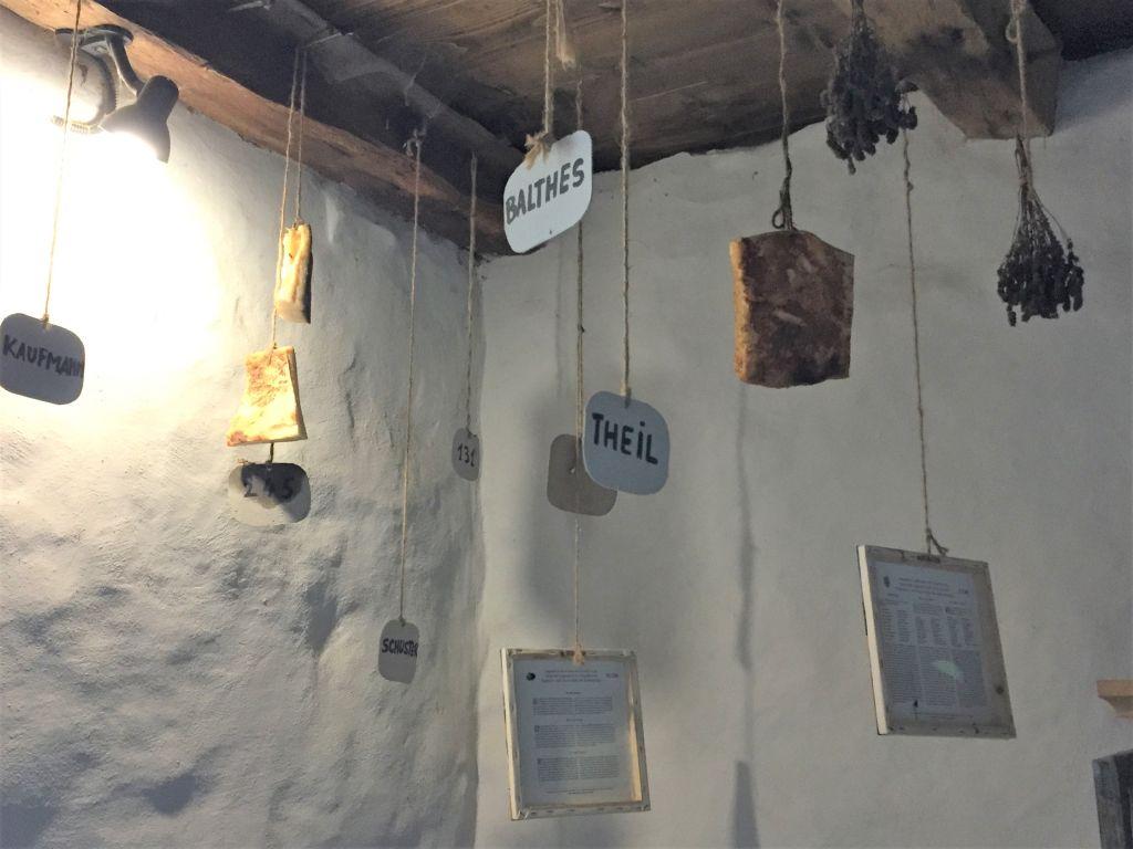 Speck im Speckturm der Kirchenburg von Kleinschenk / Cincsor, Siebenbuergen