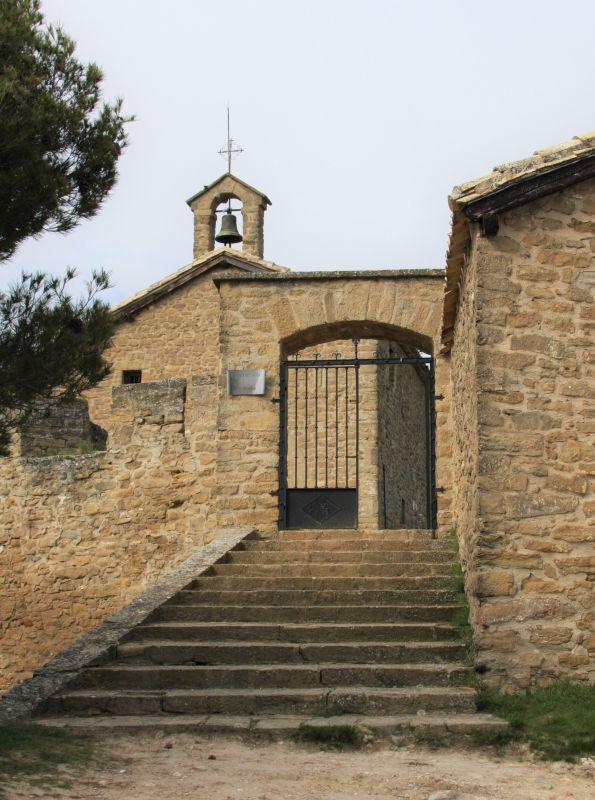 Kapelle Arnotegui in der Naehe des Jakobswegs in Navarra