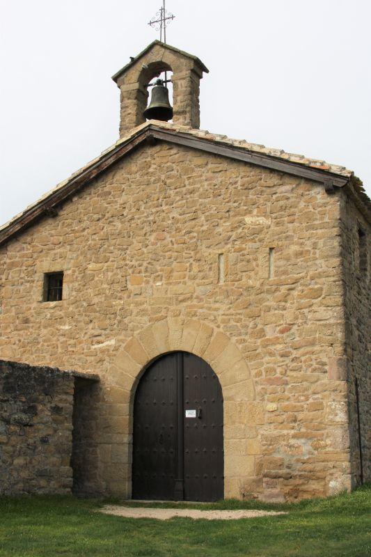Kapelle Arnotegui mit Campanile bei Obanos, Navarra