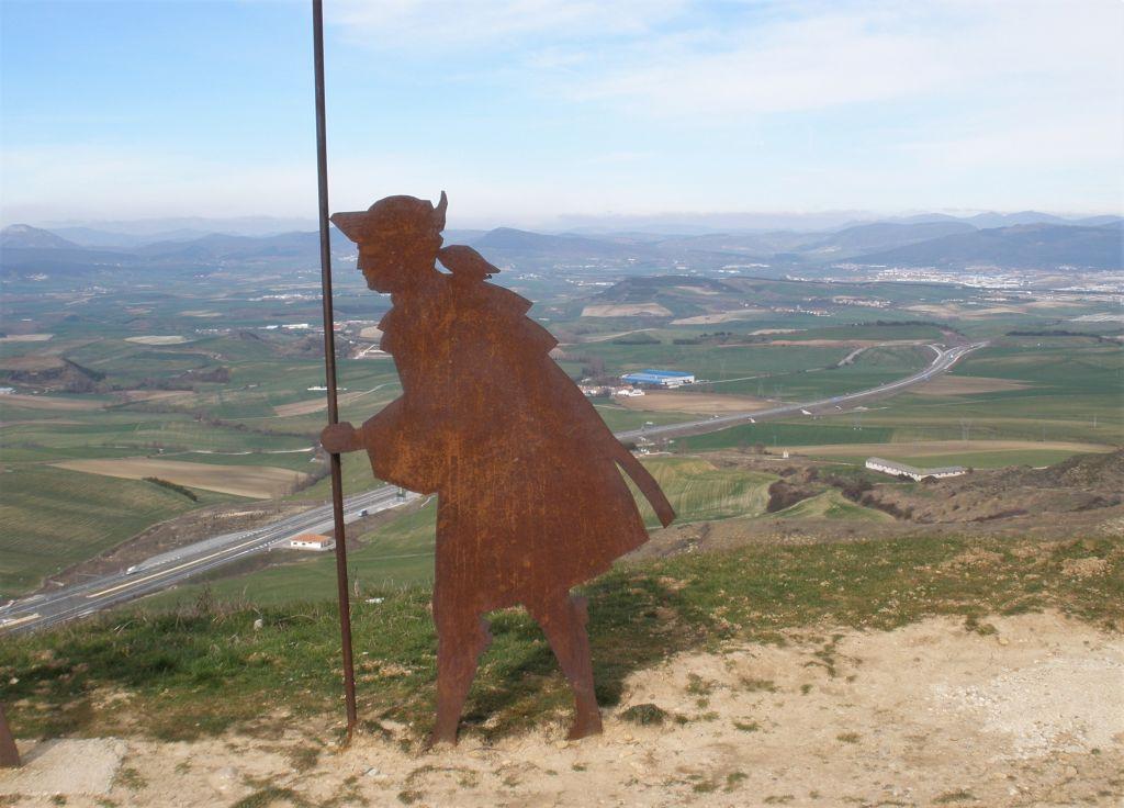 Pilgerfigur auf dem Alto del Perdón