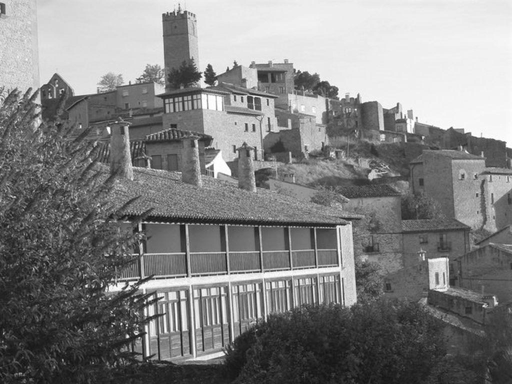Blick auf den Parador und die Altstadt von Sos del Rey Católico in Aragonien