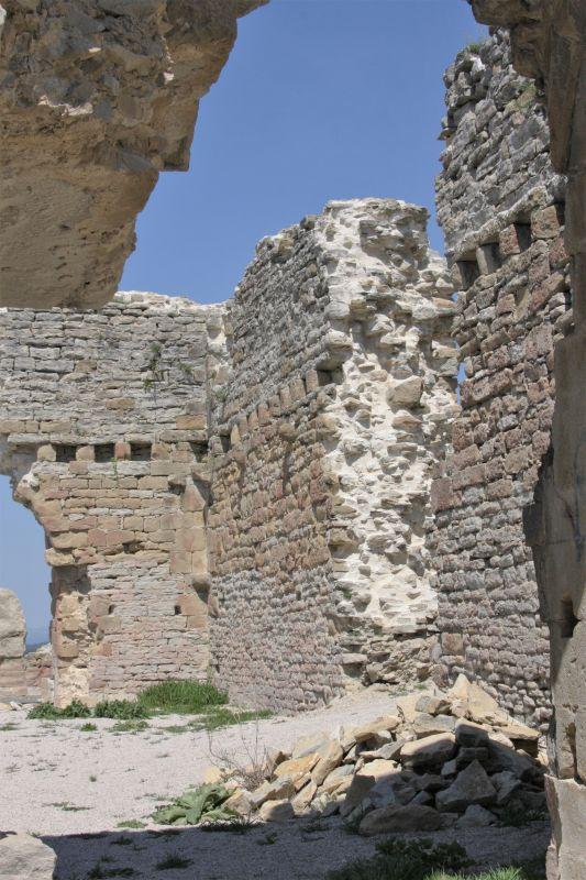 Festungsruine in Tiebas Muruarte de Reta am Jakobsweg in Navarra