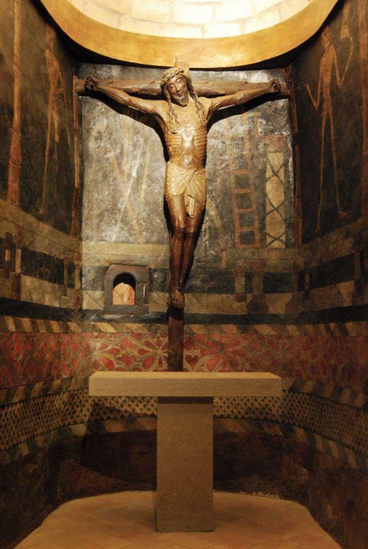 Kapelle mit den Bildern des Totentanzes und dem laechelnden Christus in der Burg Javier