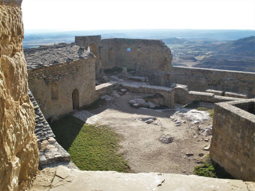 Kapelle auf der Burgruine Loarre in Spanien