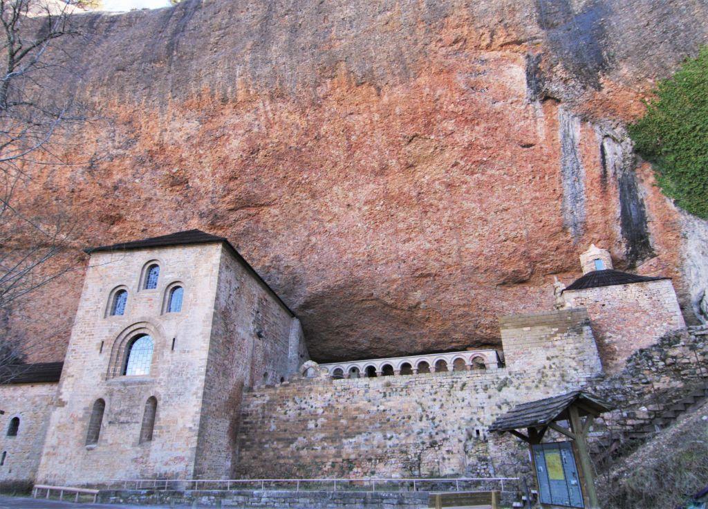 Felsenkloster San Juan de La Pena