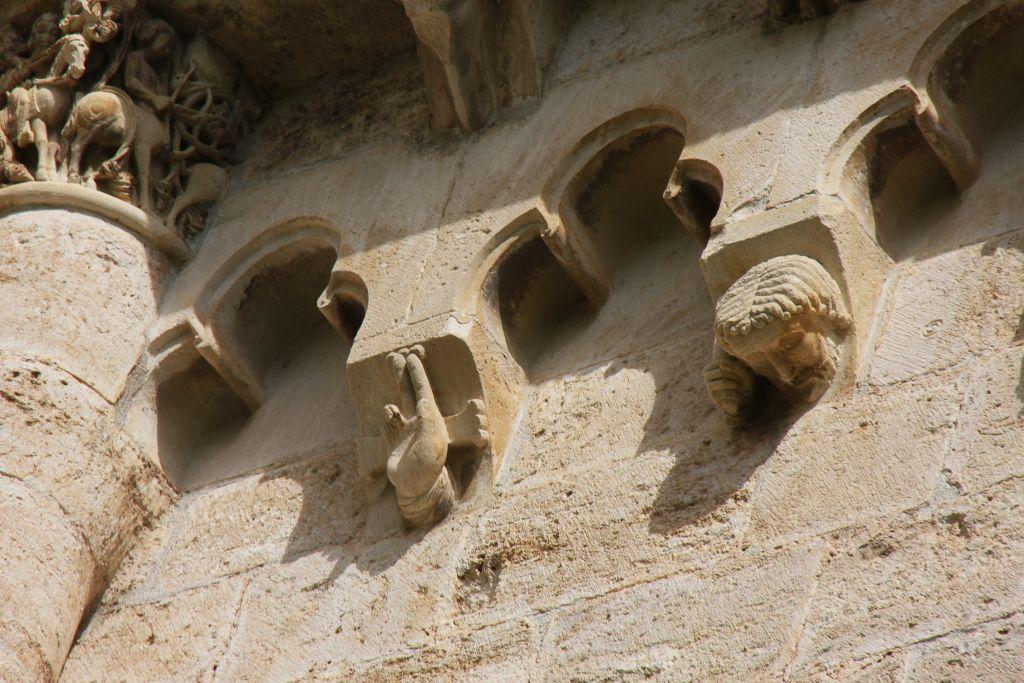 Kapitelle am Kloster Santa María la Real de Irache