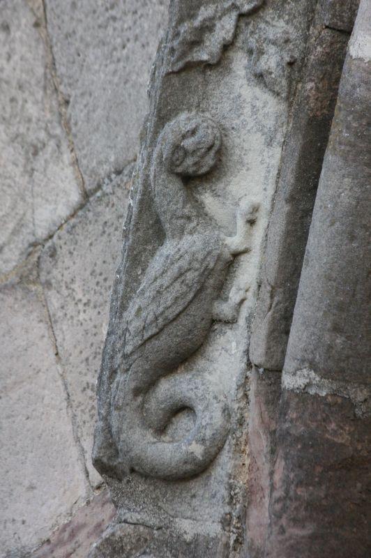 Harpyie am Portal der Kirche Santa María de Eunate