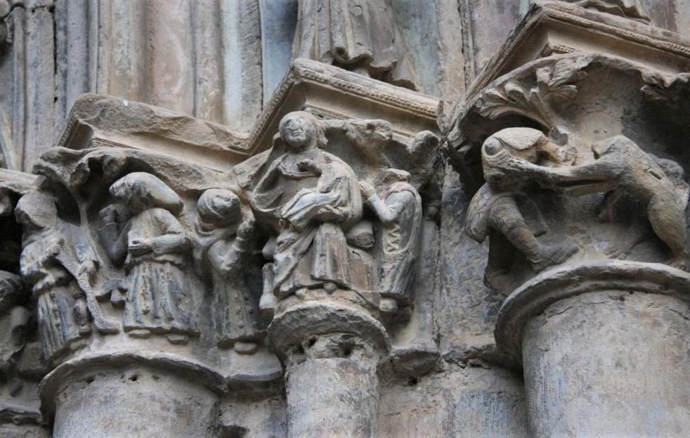 Steinmetzarbeiten am Portal der Kirche Santa María in Olite