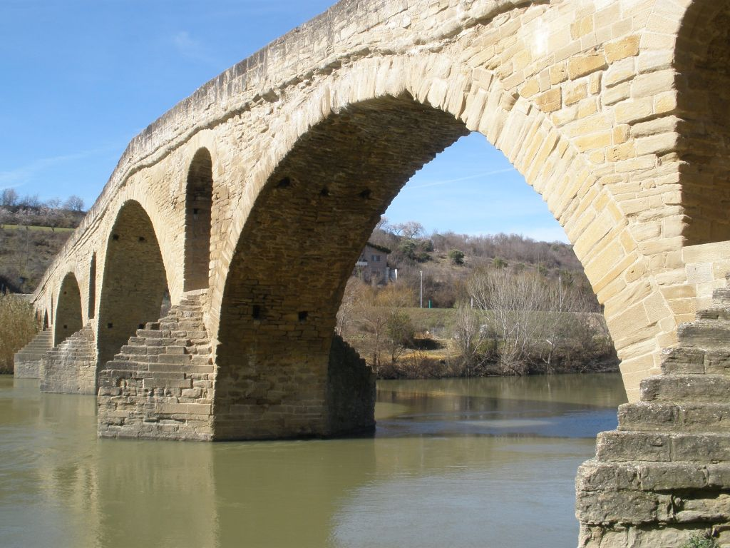 romanische Bruecke in Puente la Reina