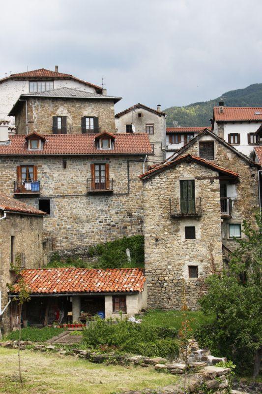 Roncal, Pyrenaeendorf im Norden von Navarra
