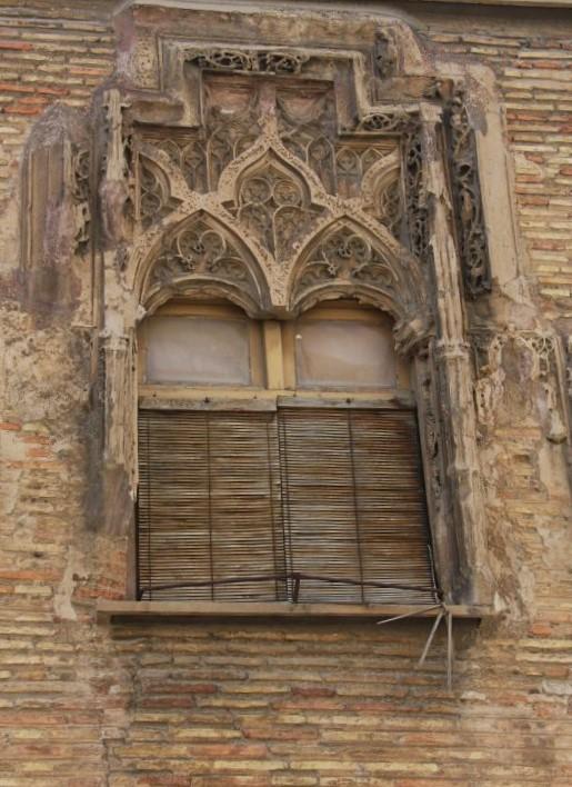verziertes Fenster