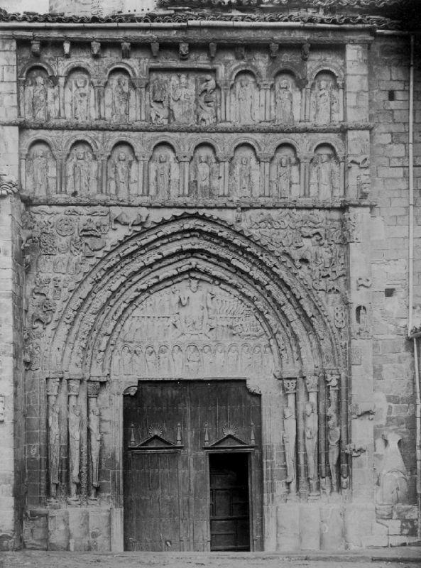 Portal der Iglesia Santa María la Real in Sanguesa aus den 1920er Jahren