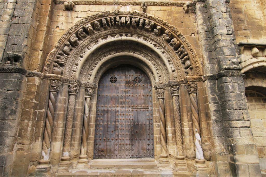 Portal der Kirche Santa Maria in Uncastillo