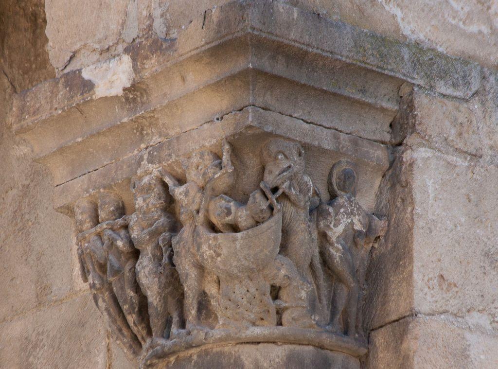 Kapitell am Palacio de los Reyes in Estella, Navarra