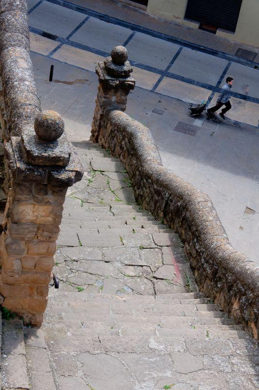 Treppenaufgang zur Kirche San Miguel in Estella-Lizarra