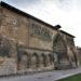 Nordfassade mit gotischem Portal der Iglesia Santo Sepulcro in Estella