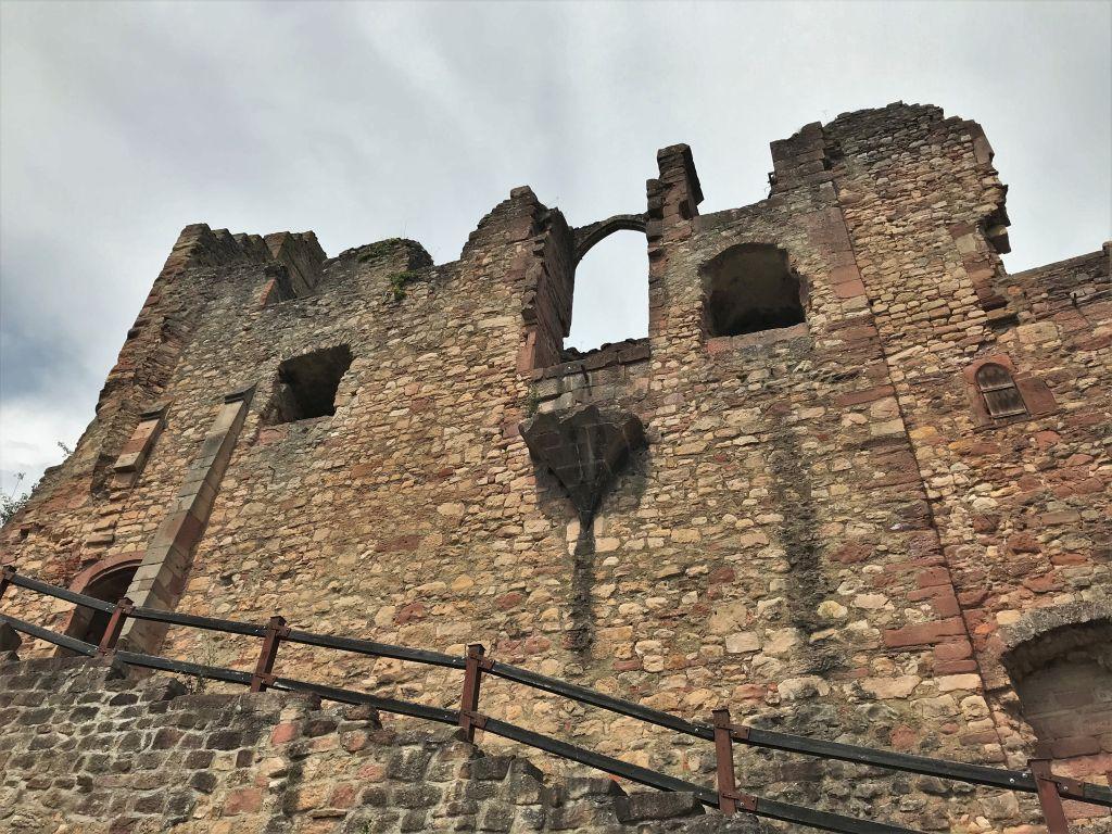 Oberburg der Festungsruine Hochburg bei Emmendingen
