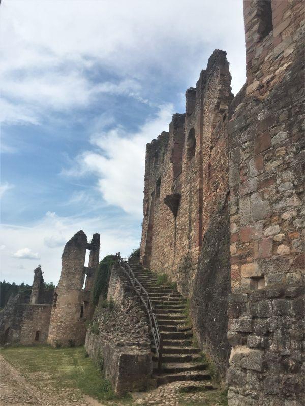 Zwinger der Festungsruine Hochburg bei Emmendingen