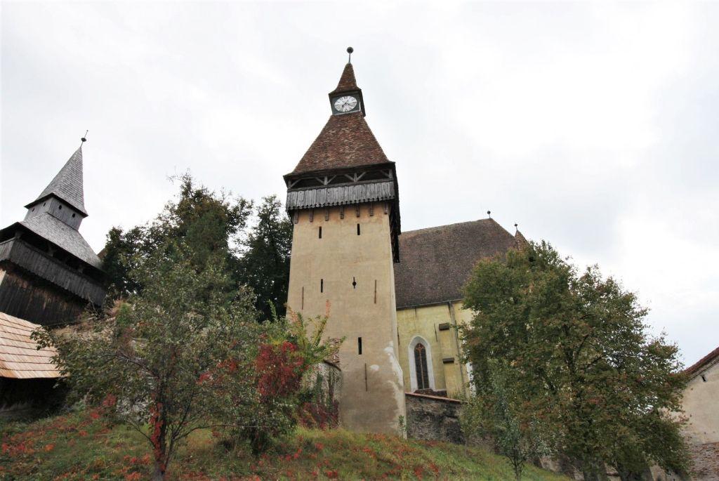 Stundenturm der UNESCO Kirchenburg von Birthaelm / Biertan in Siebenbuergen