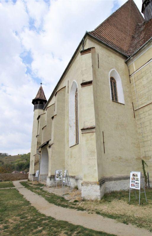 Suedfassade der evangelischen Kirche von Biertan