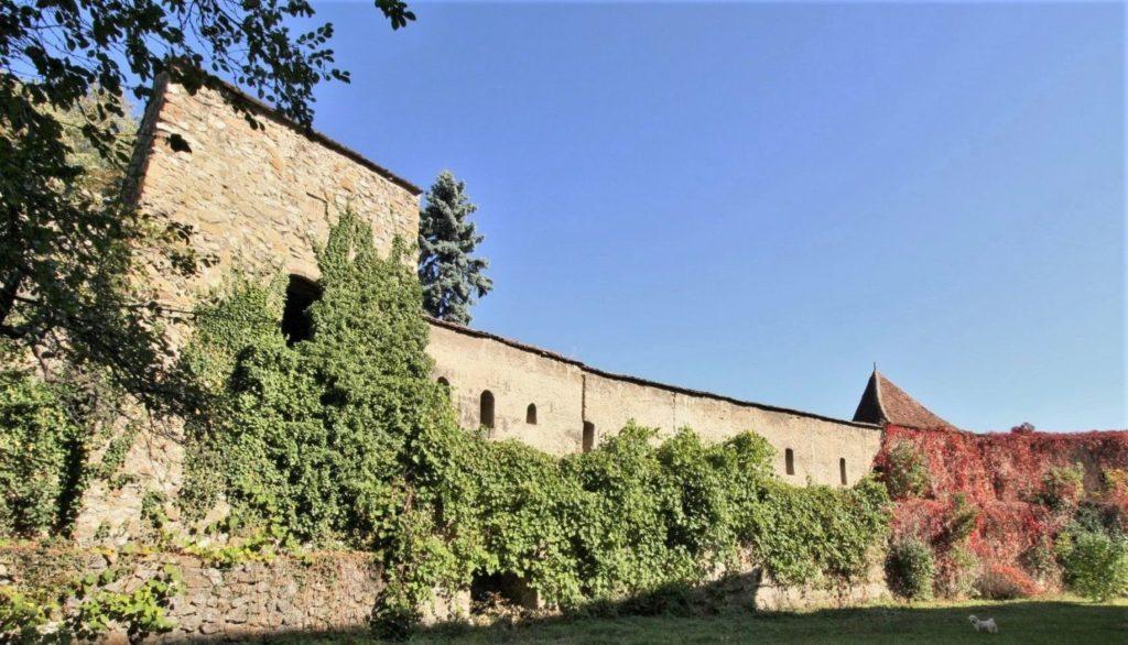 Mauerring der Kirchenburg von Neustadt / Cristian
