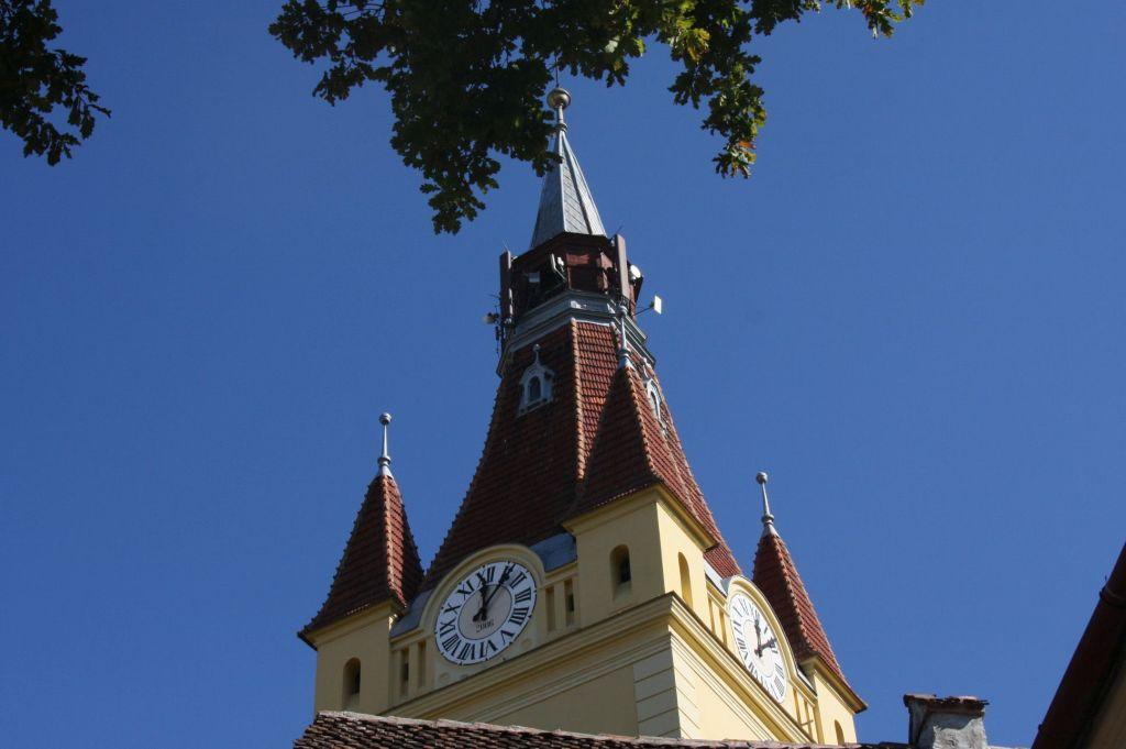 Glockenturm der evangelischen Kirche von Neustadt / Cristian