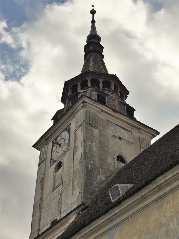 Kirchturm der evangelischen Kirche von Petersberg, Sanpetru