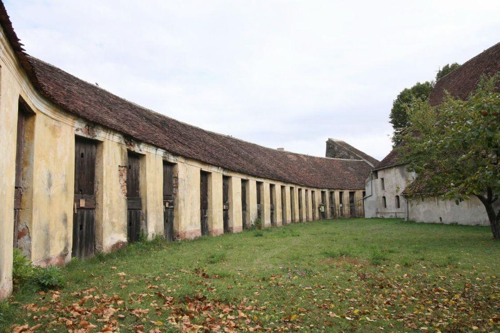Fruchtkammern in der Zeidner Kirchenburg in Codlea, Siebenbuergen