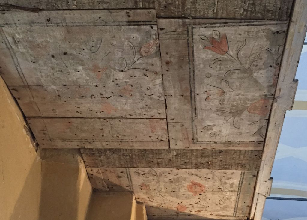 bemalte Emporendecke in der evangelischen Kirche von Holzmengen, Hosman
