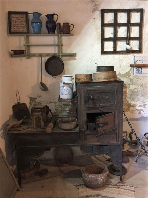 alte Kueche im Heimatmuseum in der Kirchenburg von Honigberg