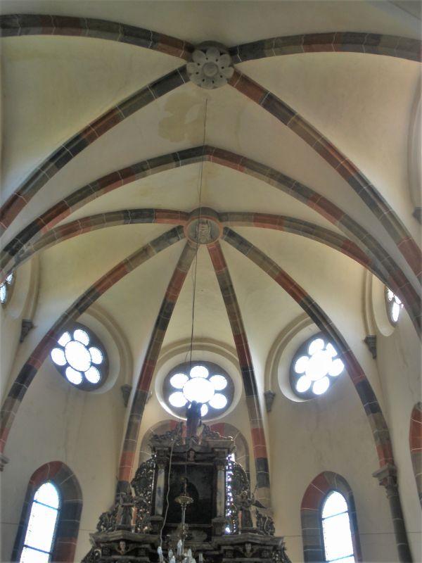 Gewoelbe des Chorraums der Klosterkirche in Kerz