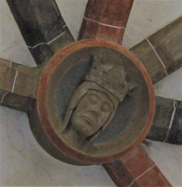 Schlussstein des Chorraums der Klosterkirche in Cârţa mit dem Kopf der Jungfrau Maria