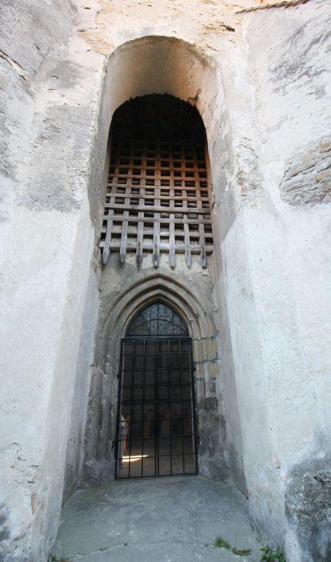 Fallgitter an der Kirchenburg in Wurmloch