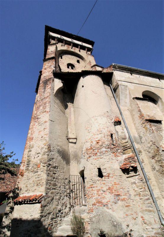 Glockenturm mit Eingang zum Treppenturm der Wehrkirche von Valea Viilor, Wurmloch