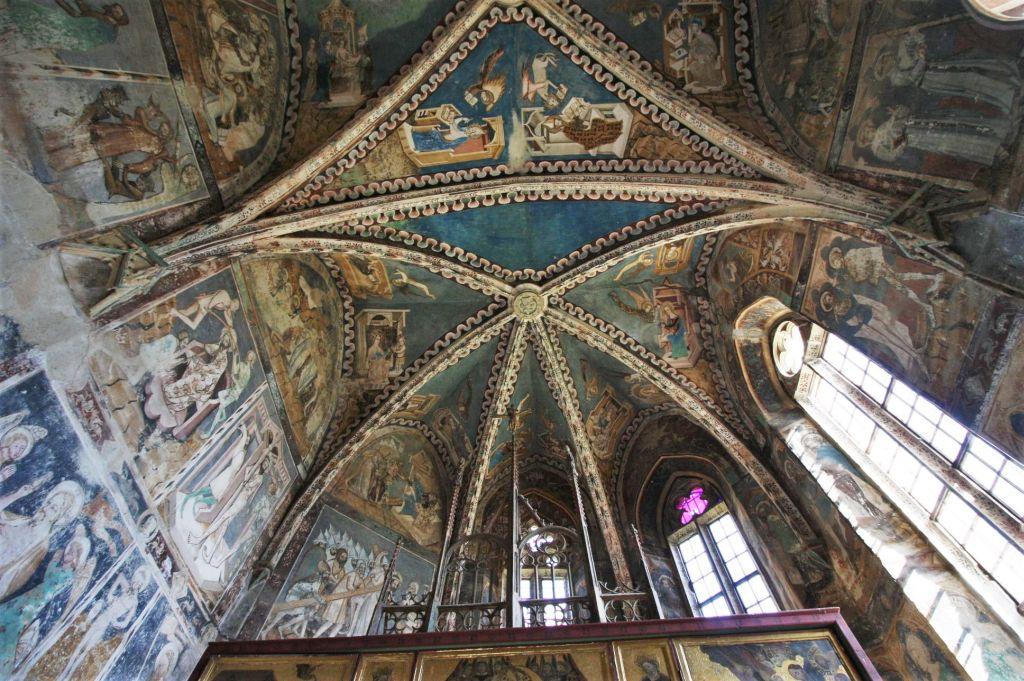 bemalte Gewölbedecke der Wehrkirche von Malmkrog - der Geheimtipp unter den saechsischen Kirchenburgen