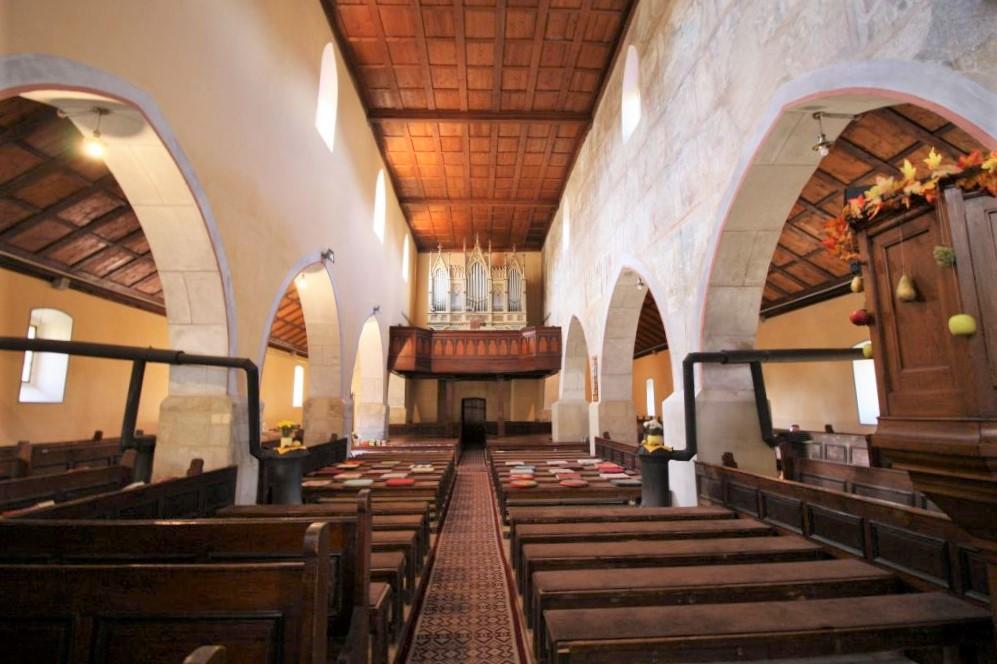 Innenraum der Wehrkirche von Malmkrog - der Geheimtipp unter den saechsischen Kirchenburgen